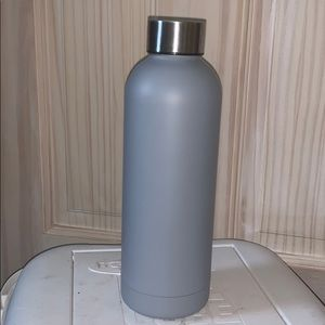 New Grey stainless steal water bottle